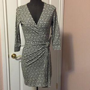 Brand new! Print wrap dress